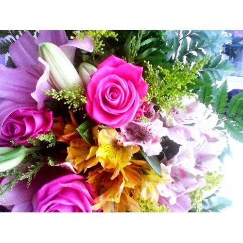 Μπουκέτο αλστομέριες -λίλιουμ-τριαντάφυλλα